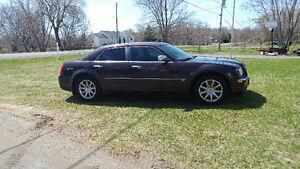 2005 Chrysler 300 C for sale or trades