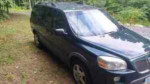 2005 Pontiac Montana SV6 EXT Minivan, Van