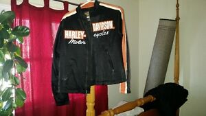 MINT CONDITION WOMENS (2) HARLEY DAVIDSON JACKETS