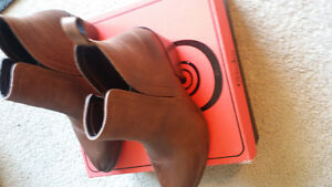 Ladies ankle boot new in box