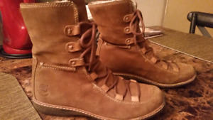 ~~Timberland Leather Winter Boots~~