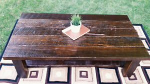 Reclaimed wood coffee table by Wolting woodworks