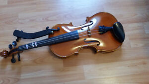 4/4 Violin in mint condition with all accessories
