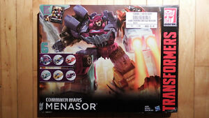 Brand NEW Transformers Combiner Wars Menasor Collection Box Set