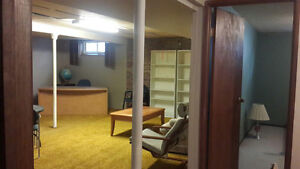 2 FURNISHED ROOM NEAR UNIVERSITY FOR FEMALE TENANTS