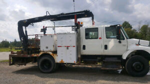 International 4700 Work Truck with Crane