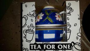 One serve tea pot Cambridge Kitchener Area image 1