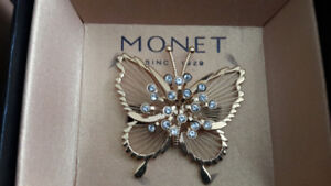 Collectible 80's Monet Brooch - signed