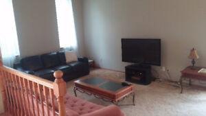 $1400 FURNISHED 3 BEDROOM HOUSE - AVAILABLE OCT 1st