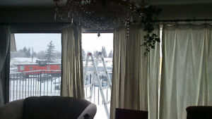 2 Bedroom Huge Apartment in Tofield. AB>