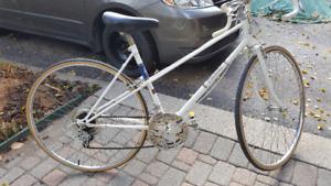 For sale vintage Fleetwing ladies road/racing bike