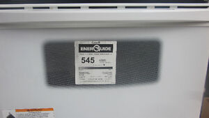 White lightly used Kenmore stove for sale Peterborough Peterborough Area image 2