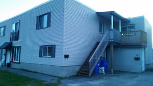2 bedroom apartment, 1st month @$350