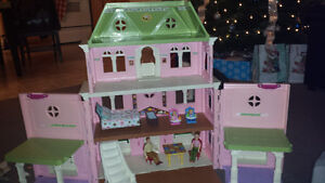 fisher price doll house n accessories