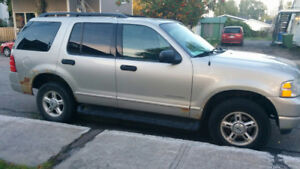 2004 Ford Explorer VUS