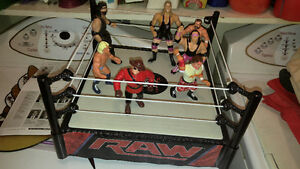 WWE Wrestling Figure Lot w/ WWE Wrestling Ring