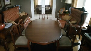 Solid wood dining set 5-8 f