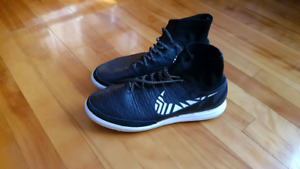Nike MAGISTAX PROXIMO STREET sz 10 soccer shoes