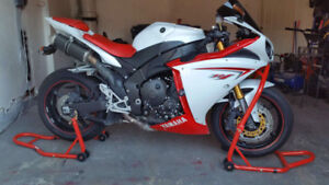 2009 r1 for sale
