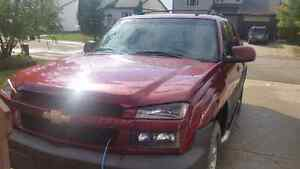 Selling 2006 Chevrolet Avalanche 1500 LT