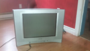 Tv Sony Wega vieux style .fonctionelle.