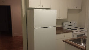$700 ALL INCLUSIVE / LOCATED DOWNTOWN