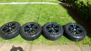 Ikon Mags and Tires 225-65-17 (5x114.3)