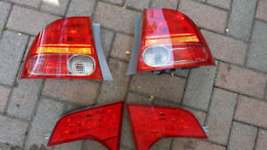 Honda 2007 honda civic sedan tail light
