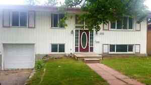 5 BDRM House for Rent in a Great Location!