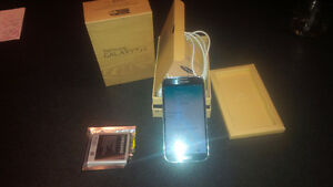 Samsung Galaxy S4 - Working, Great Condition