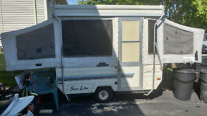 Sun light tent trailer