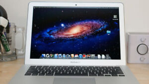 "13"" MACBOOK AIR CORE I5 500GB SSD 4GB RAM + NEW BATTERY (2012)"