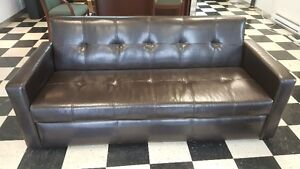 3 PIECE BONDED LEATHER COUCH/SOFA