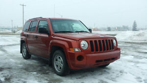 2008 Jeep Patriot SUV, 4X4, Remote Start, Heated Seats!