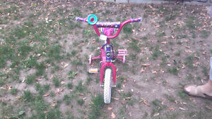 Girls 12 inch bicycle and helmet Peterborough Peterborough Area image 2