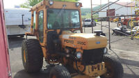 Tracteur Ford commercial 250C