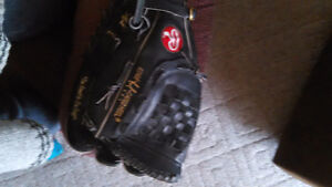 Edge U cated heel baseball glove rawlings
