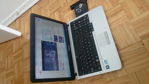 SAMSUNG LAPTOP 750GB