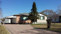 FORT GARRY BUNGALOW COMING TO MARKET VERY SOON 11 GLENGARRY DRIV