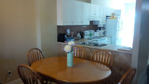STUDENT HOUSE FOR RENT FEMALE ROOMMATES WANTED