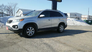 2013 Kia Sorento LX   AWD    $10997 Plus Taxes   Ph.204-339-1585