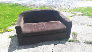 Mini Pull Out Love Seat