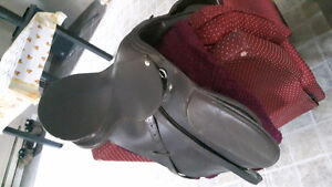 2 ENGLISH SADDLES FOR SALE NEW GONE ASAP!!