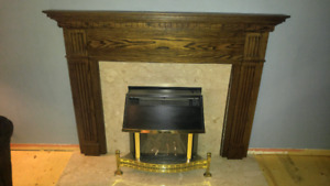 Valor Homeflame Natural Gas Fire Place and Mantle