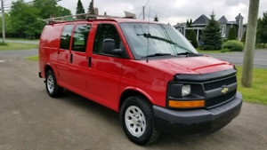 2009 chevrolet  express 104 000km rack et separateur