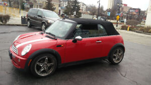 2006 MINI Cooper CONVERTIBLE Automatic LOADED Certified!!