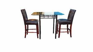 Pub Table 2 x Stools ( FREE DELIVERY )