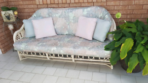 BEAUTIFUL RATTAN LOVE SEAT CHAIR AND TABLE SET