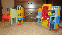 Imaginext:  castle, city & 2 batman buildings