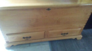 Large hope chest/hutch with 2 drawers OBO